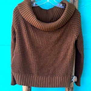 CHUNKY KNIT OFF SHOULDER BROWN SWEATER